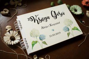 gustowna księga dla gości na ślubie